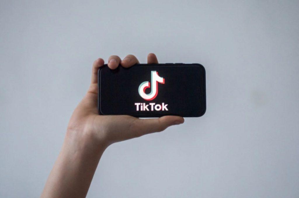 บังกลาเทศจับตา เฝ้าระวังTikTok บังกลาเทศได้เริ่มสอดส่องผู้คนที่ใช้แพลตฟอร์มแชร์วิดีโอของ TikTok หลังจากกองกำลังรักษาความปลอดภัย