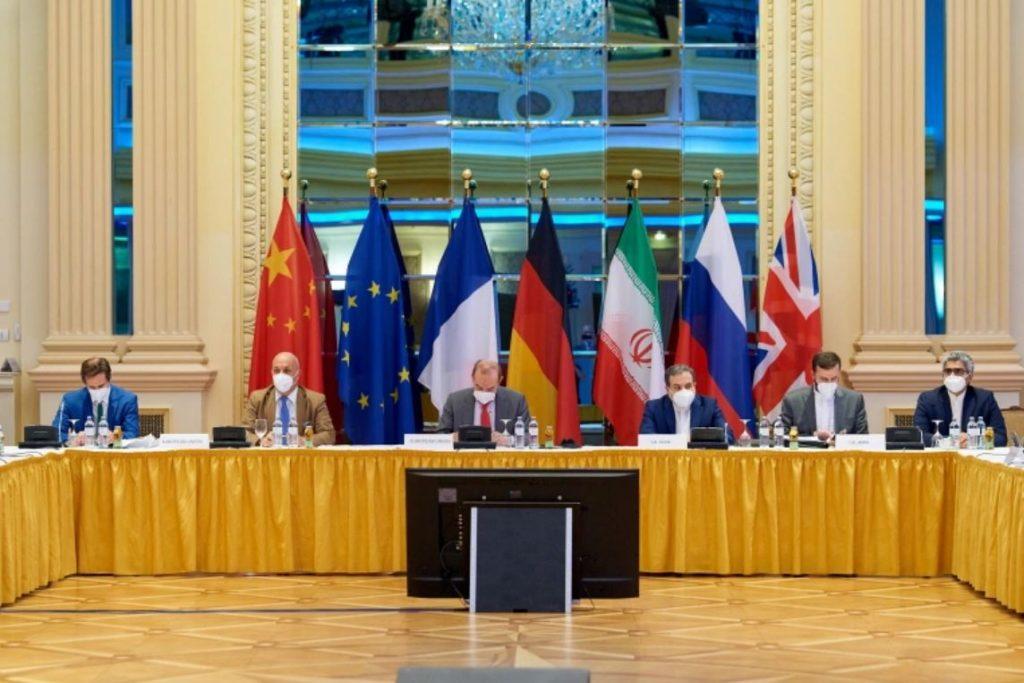 ข้อตกลง นิวเคลียร์ของอิหร่าน ผู้ลงนามในข้อตกลงนิวเคลียร์ปี 2015 ของอิหร่านกับมหาอำนาจโลกได้เห็นความหวังของพวกเขาในการฟื้นฟูข้อตกลง